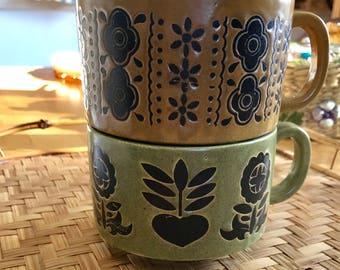Retro Set of 2 ceramic soup mugs