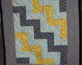 Yellow/Gray Quilt