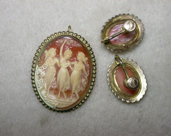 "Vintage ""3 Graces"" cameo pendant/brooch and clip earrings set."