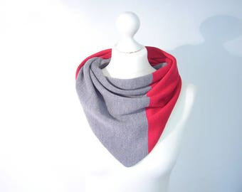 Shawl, scarf 100% Merino extrafine 2-colored grey and Red fine knit