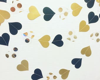 Black and gold heart garland