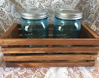 Crate and jar set
