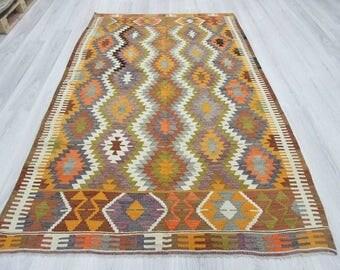 5' 4''x8' 5''Handwoven vintage decorative colourful Turkish kilim rug