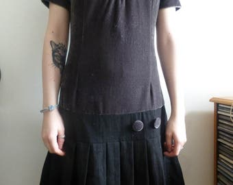 Vintage YUMI dress. Black and grey dropped waist and pleats. s/m