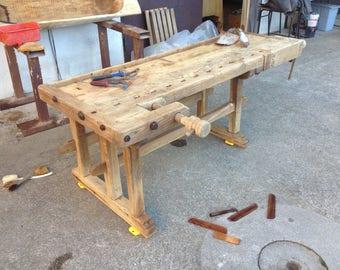 Carpenter-Carpenter's bench table
