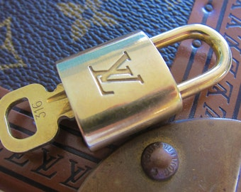 Louis vuitton Lock and Key for keepall speedy alma