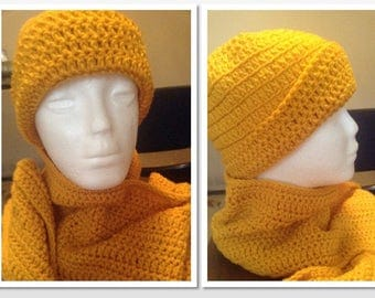 Men's Beanie w/Matching Scarf in Gold