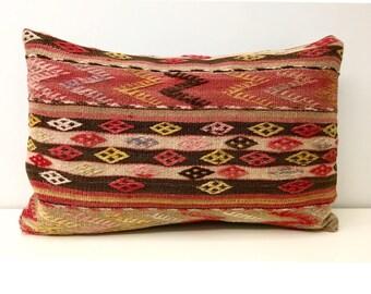 Turkish Kilim Pillow Cover, 16X24 Turkish Rug Pillow, Boho Kilim Pillows, Outdoor Pillow, Turkish Vintage Wool Kilim Cushion Case Covers