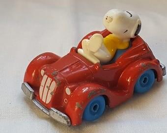 Vintage Snoopy die cast sports car