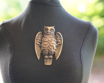 French Brass Stamping Owl Brooch