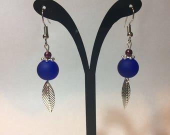 """Earrings """"Sheet and beaded snowflake blue/bordeaux"""""""