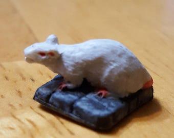 White Dire Rat miniature