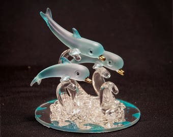 Collectible Glass Figurine BLUE DOLPHINS with Mirror Base - Decorative Art NEW