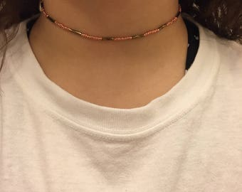 Pattern glass seed bead choker