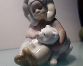 LLadro Eskimo Child & Polar Bear Cub