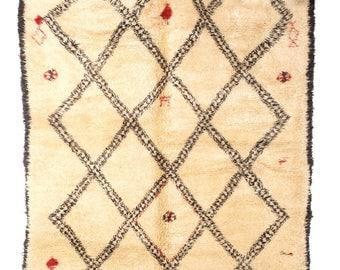 Beni Ouarain Berber rug, Berber carpet, Tapis berber BENI OUARAIN 025 / 360 X 200 CM / Beni Ourain in Cologne