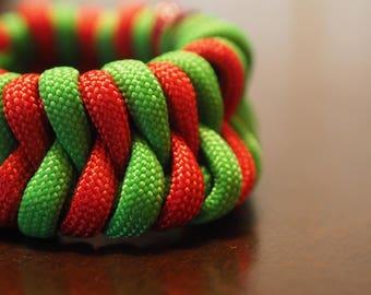 Snake Weave Paracord Bracelet