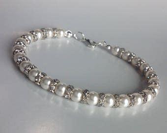 Swarovski Pearl & Diamante Bracelet wedding bracelet Pearl Bracelet Handmade UK