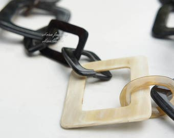 Elegant natural black and white horn color necklace handmade from organic material - Collier Buff Buffalo - Büffelhorn Halskette