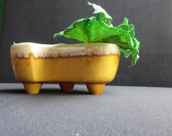 Vintage USA Pottery #402 Kidney Shaped Gold Drip Glaze