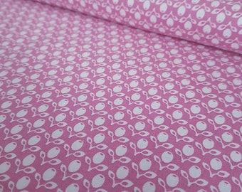 Pink Tulips French Cottage Large Fat Quarter Cotton Fabric Ring a Roses by Gutermann (UK)