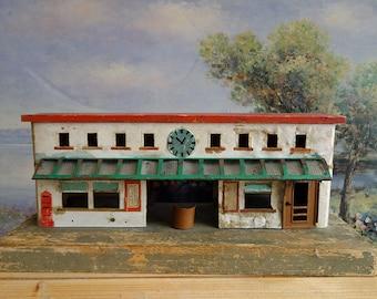 Vintage German Rail Train Station Gare Dollhouse Miniature Electricity Lamp Tinplate Child Collector Toy Original Kibri