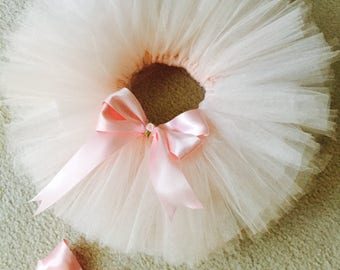 White tutu with pink Bow