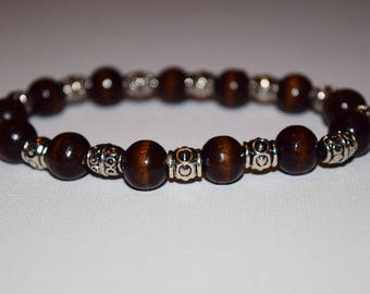 Brown wooden beaded bracelet