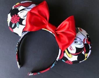 Minnie lipstick, Minnie lashes, Minnie Ears, Disney Park Ears