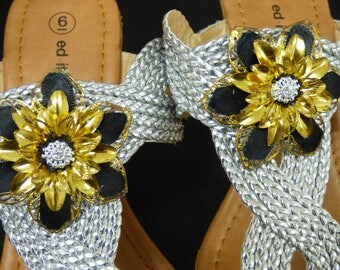 Stunning Black and Gold Flower Clippetts will Stand Out
