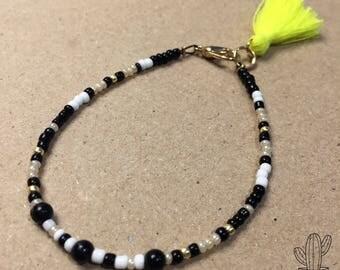 Tassel Pompon Seed beads Bracelet FriendshipBracelet Fluro Yellow fluo BeadedBracelet Kid and Woman white Black Gold Gift Feminin Girl