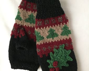 Hand Warmers, Black and Red with Holly Leaf