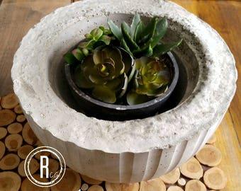 Concrete pot - line round
