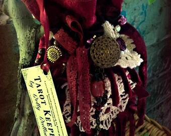 Burgundy Tarot Keeper 3