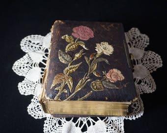 Antique Leather Photo Album - 26 Cabinet Card CDV Photos - 19th Century Victorian Era (1800's)