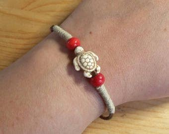 Hand-Made Leather White Turtle Bracelet
