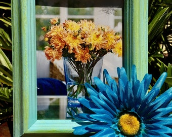 Wood Picture Frame w/ Artificial Flower