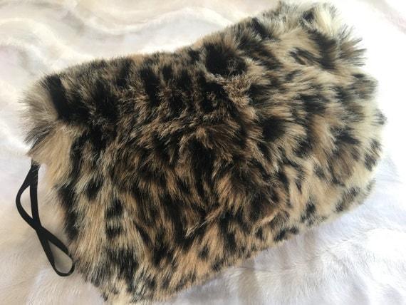 Leopard Faux Fur Handmuff