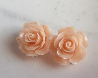40% SALE Peach Rose Clip On Earrings, Light Peach Roses, Under 10, Wedding Jewelry, Wedding Earrings,