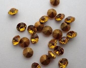 72 pcs. Vintage MCC machine cut crystal topaz chanton ss11 foiled rhinestones by Optima of Czechoslovakia - f1747