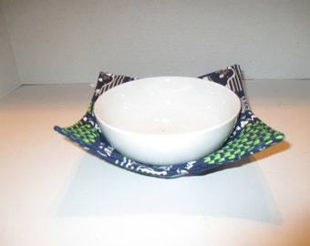 Micro wave bowl, Seattle Seahawks, bowl cozy, kitchen, dining room, microwave hot pad, microwave safe, bowl  holder, hot pad, table,