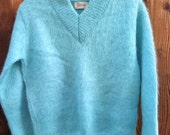 Vintage Garland Turquoise Blue V Neck Fuzzy Mohair Sweater B36