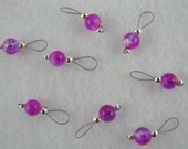 Fuchsia and Crystal Crackle Glass Stitch Markers - US 5 - Item No. 1003