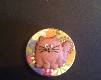 Magnetic Brooch, Brown Cat