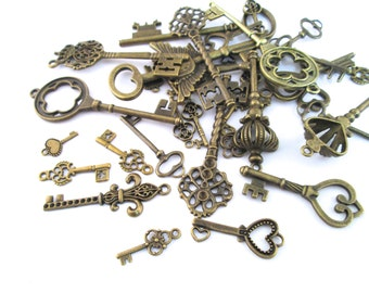 Assorted skeleton key charm grab bag mix, brass plated pendants, D174