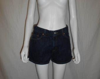 Levi Denim Jean shorts    Waist W 29