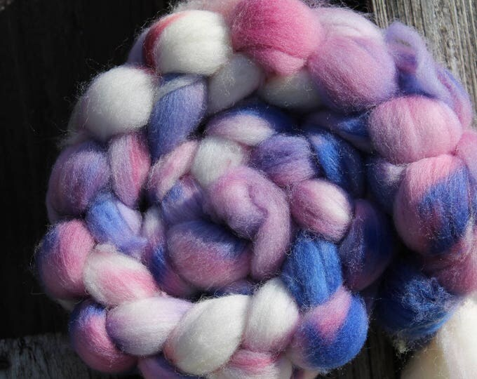Kettle Dyed Falkland Wool Top.  Soft and easy to spin. 4oz  Braid. Spin. Felt. Roving. F154