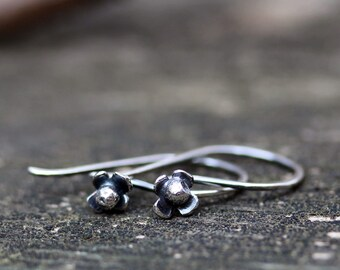Tiny sterling silver flower dangle earrings