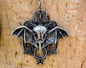 Raven Skull Necklace Bat Wings Necklace Witch's Necklace Raven's Skull Necklace Silver Metal Chain Raven Pendant Curio