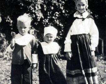 Vintage photo 1932 Children Danebod Minnesota Danish Costume